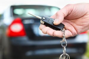Escolha o melhor seguro de carro por um preço justo