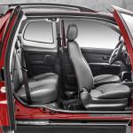 Fiat Strada 2014 - porta