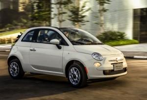 Fiat 500 conversível chega com versão mais barata