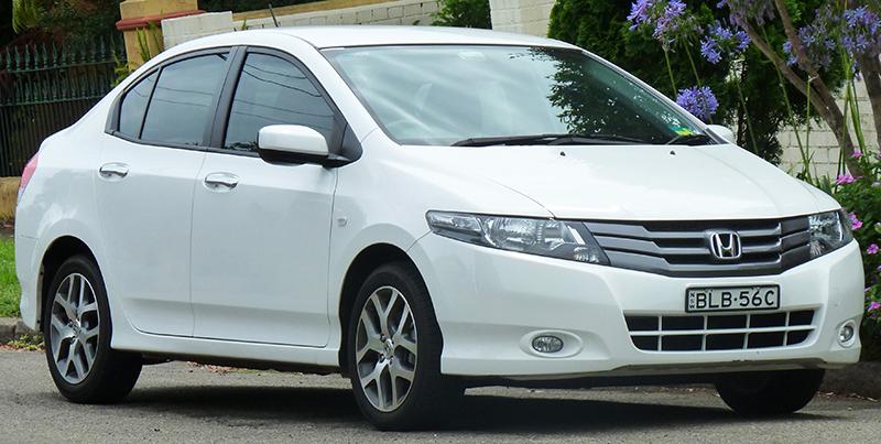 10 carros sedãs mais vendidos