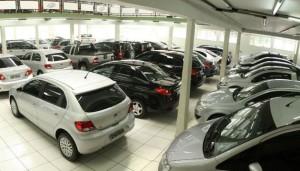 Vendas de carros usados aumenta por causa da crise