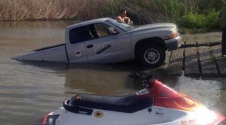 Carro ou barco?