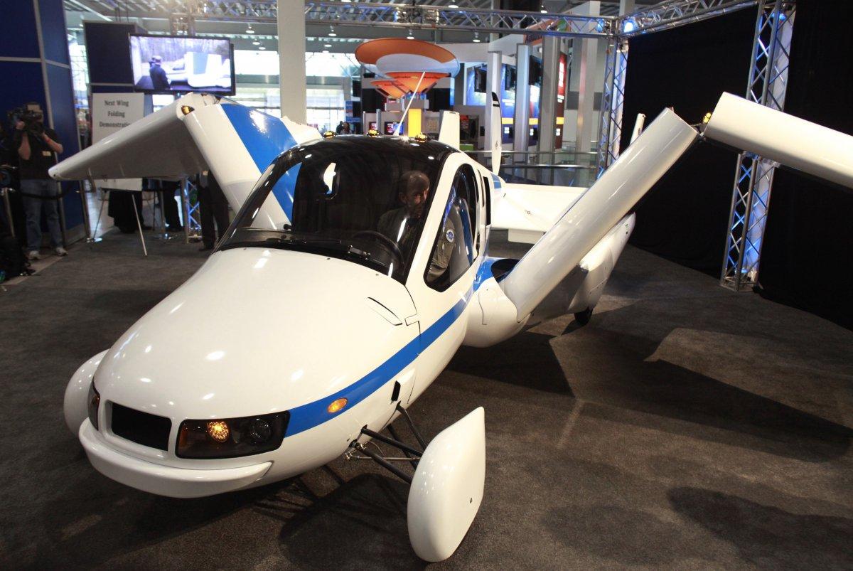 10 – É um avião? Não...é um carro!