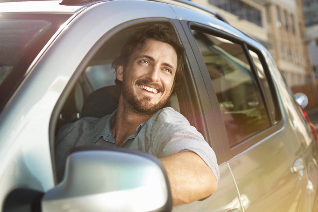 Homens são os que mais procuram por seguro auto
