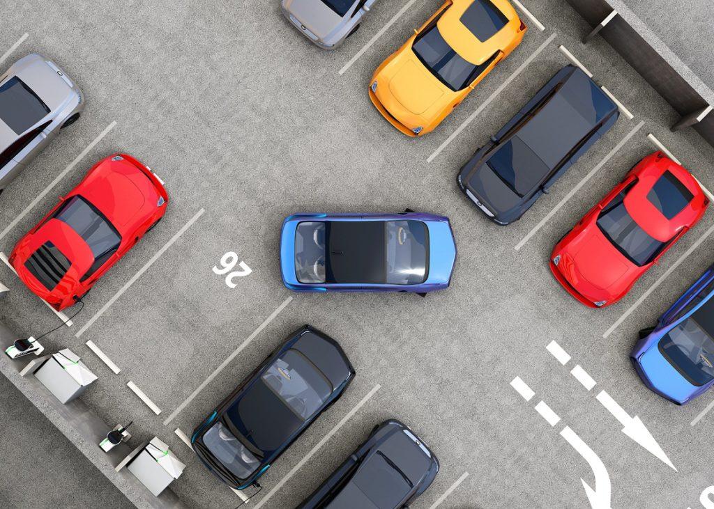 Por que estacionar o carro é um desafio para motoristas