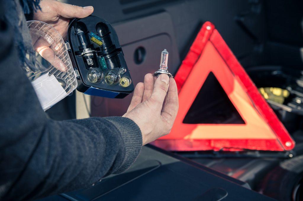 Reparos do automóvel que você mesmo pode fazer em casa
