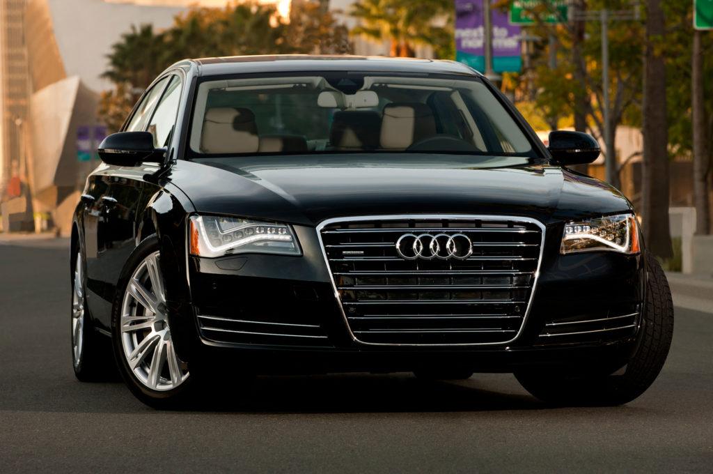 Qual o preço médio do seguro Audi A8