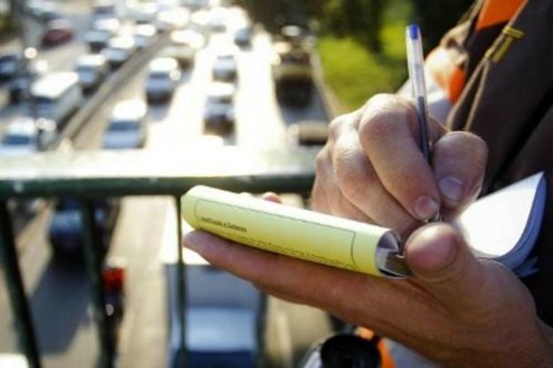 Fim da multa para quem dirige sem portar a CNH
