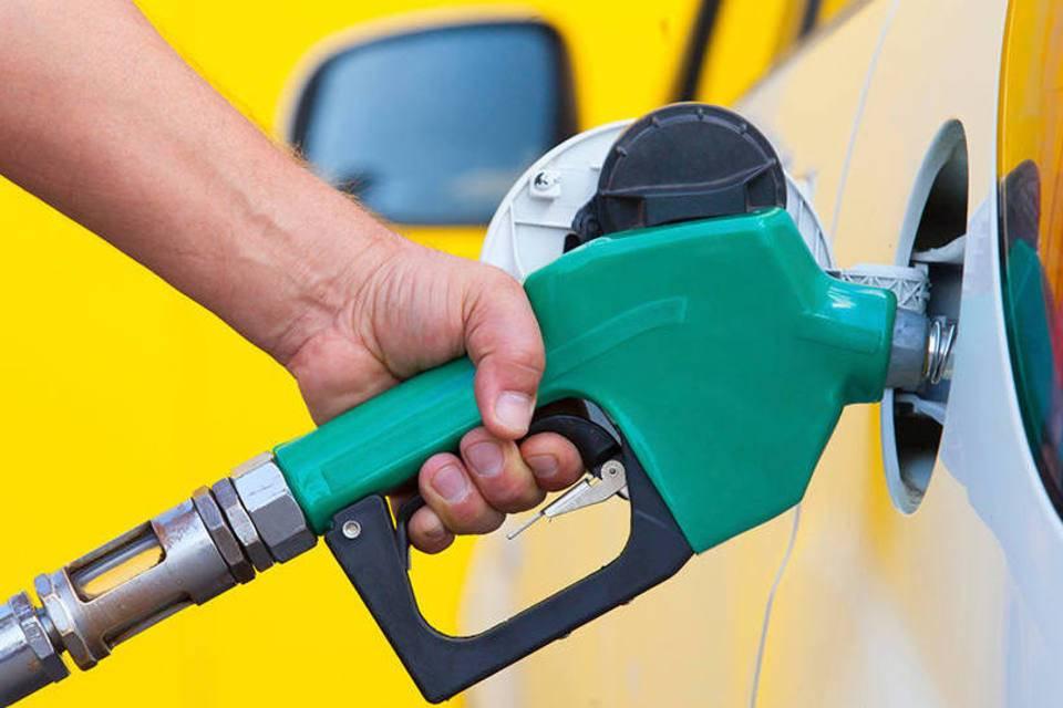 Apps que ajudam a encontrar o posto de combustível mais barato