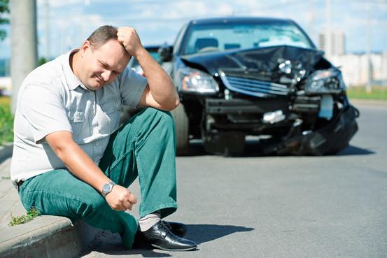 Qual o prazo para acionar o seguro em caso de colisão?