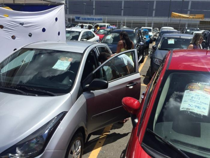 Veja como a crise está afetando o mercado de automóveis
