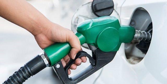 Veja como o preço da gasolina muda hábitos com o carro
